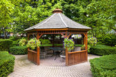 Gazebo in garden — Stock Photo