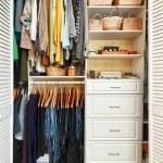 armadio organizzato — Foto Stock