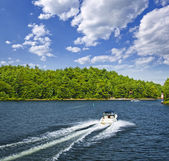 Boating on lake — Stock Photo