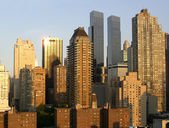 Manhattan skyscrapers at the sunset — Stock Photo