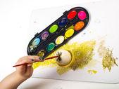 Painting egg — Stock Photo