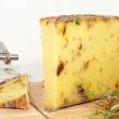 Wild flower cheese — Stock Photo