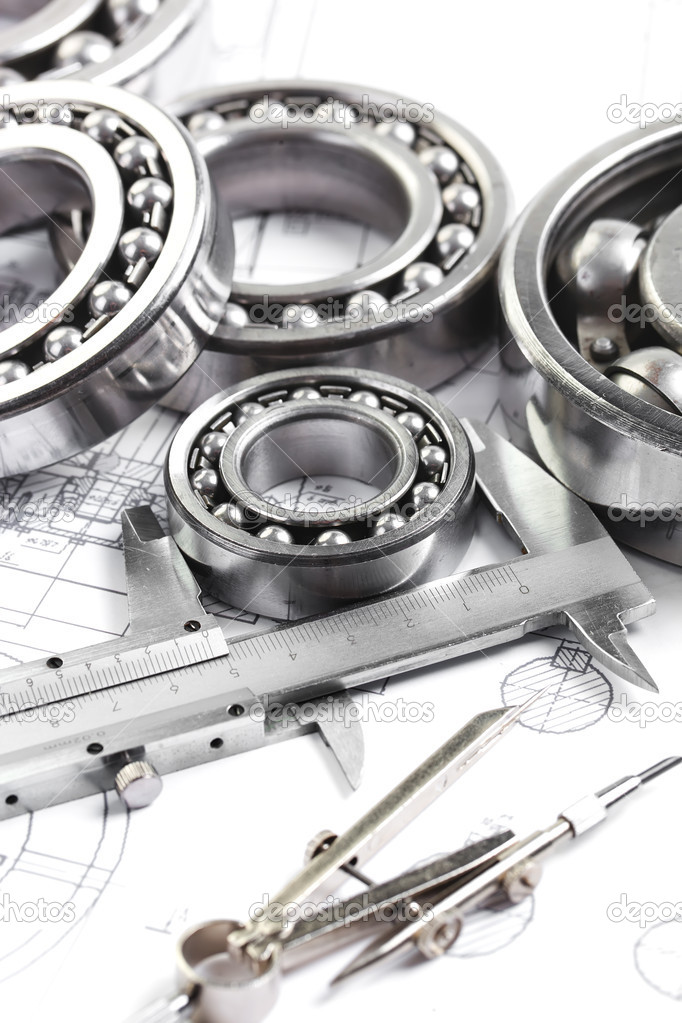 Technical drawing and pinion with bearings  — Stock Photo #16293571