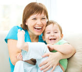 Mother and her son is having fun — Stock Photo