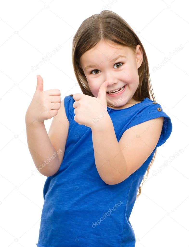 Ребенок большой палец фото