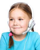 Junges Mädchen arbeitet als Operator bei helpline — Stockfoto