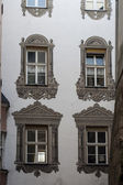 Painted windows in Innsbruck's Old Town — Stockfoto