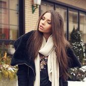 Stylish young woman — Stock Photo