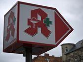 Pharmacy-arrow-lamp — Stock Photo
