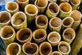 """lemang"" i en urholkad bambukäpp — Stockfoto"