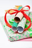 De giften van kerstmis en decoraties — Stockfoto