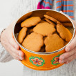 Tin of gingerbread biscuits — Stock Photo