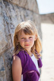 Portrait of young girl at beach — Stock Photo