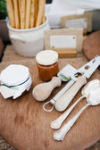 Serving utensils and condiments — Stock Photo