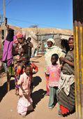 Afrikalı Mülteci ve yerinden kişi Bm himayesinde yılında somaliland hargeisa eteklerinde kamp. — Stok fotoğraf