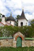 Dreifaltigkeitskirche in der Dorf-byokhovo — Stockfoto