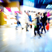 Shopping crowd at marketplace — Stock Photo
