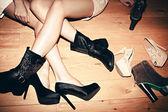 Pernas e sapatos — Foto Stock
