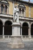 Dante statue in Verona — Stock Photo