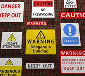 Building warning signs — Stok fotoğraf