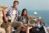 байкер мужчина и девушка — Стоковое фото