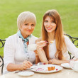 Senior Woman With Adult Daughter — Foto de Stock