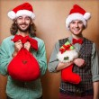 zwei emotionale Santa claus — Stockfoto #37019197