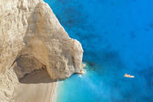 Superb beach Navagio in Zakynthos, Greece — Stock Photo