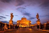 View of Castel Sant'Angelo from the Ponte Sant'Angelo bridge, Ro — Stock Photo