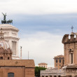 View of the national ,monument a Vittorio Emanuele II from the r — Stock Photo