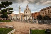 Traian column and Santa Maria di Loreto in Rome, Italy — Stock Photo
