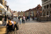 Crowdy old square of Poznan — Stock Photo
