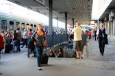 Busy train station — Stock Photo