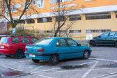 Zaparkované auto — Stock fotografie