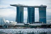 SINGAPORE-DEC 29: The 6.3 biliion dollar (US) Marina Bay Sands Hotel — Stock Photo