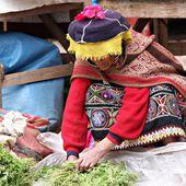 Woman in Peru — Stock Photo