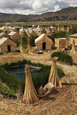 Uros floating island on Lake Titicaca — Stock Photo