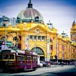 MELBOURNE, AUSTRALIA - OCTOBER 29: Iconic Flinders Street Station was completed in 1910 and is used by over 100,000 people each day — Stock Photo #30018739