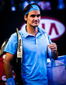 MELBOURNE, AUSTRALIA - JANUARY 25: Roger Federer during his win over Lleyton Hewitt during the 2010 Australian Open — Stock Photo