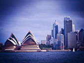 SYDNEY, AUSTRALIA - AUG 31 : Sydney's most famous icon, the Sydney Opera House — Stock Photo