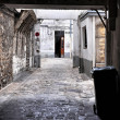 Foto Stock: Decrepit courtyard in Paris