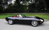 Moderniserad jaguar e-type — Stockfoto