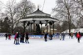 Winter wonderland w londyńskim hyde parku — Zdjęcie stockowe