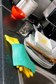 Dirty dishes in a kitchen — Stock Photo