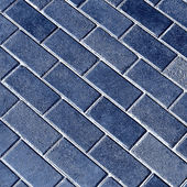 Blue tiles give a harmonic pattern at the ground — Stock Photo