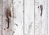 Porte de grunge peinte avec une peinture blanche avec une poignée en métal rouillée — Photo