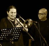ODESSA, UKRAINE - JUNE 5: Jazz musicians performing live on stag — Stock Photo