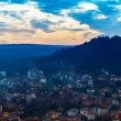 Fantastic beautiful cityscape at sunset with the horizon line di — Stockfoto #39663293