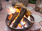 Backyard fire pit for heating and cooking — Stock Photo