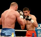 Odessa, Ukraine - May 31, 2014: In the boxing ring Roman Golovas — Stock Photo